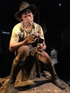 Hiiglaslikud kujud muuseumis/ Giant figures in the museum